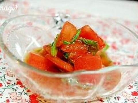 小さなおかず♪トマトと青じそのポン酢漬け。