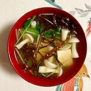 水菜、木綿豆腐、ブナピー、ふのりのお味噌汁
