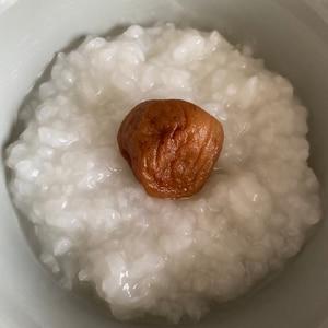 風邪ひいたよ(._.)梅干しお粥★