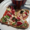 バジル薫る ベーコン ピザ風トースト♪