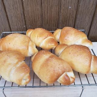 パン屋より美味しい、湯種のもっちり塩パン(手ごね)