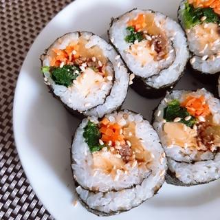 キンパ(韓国風巻き寿司)