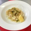 鶏胸肉のトランシェ~浅利のマリニエールソース
