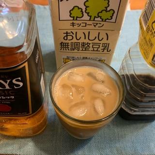 デザートカクテル!豆乳コーヒーのウイスキー割