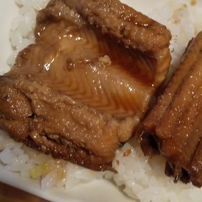 穴子丼にしました。自宅でこんなに美味しくできるなんて! 大満足です。ありがとうございました!