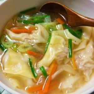 お家で簡単☆ワンタンスープ