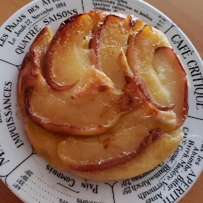 小さいフライパンに、2回に分けて焼いたので、可愛いサイズになりました( *´艸`) キャラメルの焦げは難しいですね。 美味しかったです