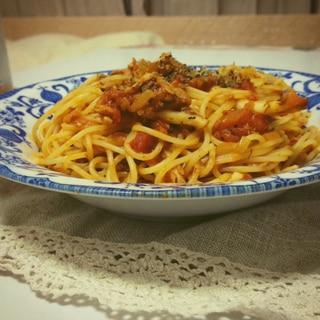 鯖の水煮を使ったペスカトーレ