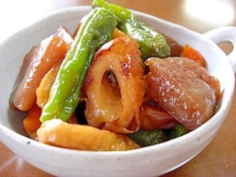 こんにゃくと竹輪と野菜の煮物