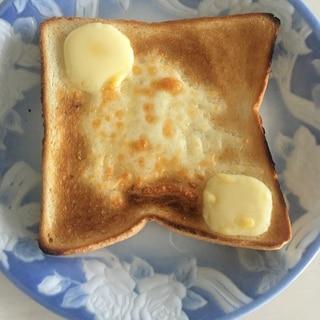 ゴーダチーズのシュガーバタートースト