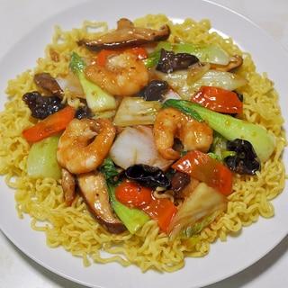 【うま塩】上海炒麺風五目焼きそば