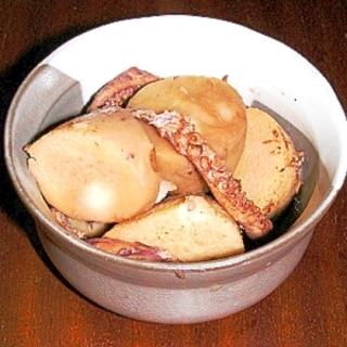イカゲソと里芋の煮物