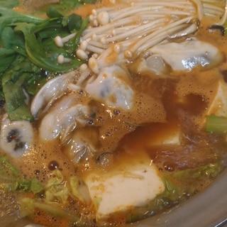 牡蠣のチゲ風鍋