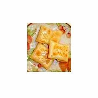 チーズの餃子皮包み