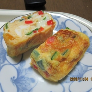 カラフル3色!お弁当の彩りに♪パプリカの玉子焼き