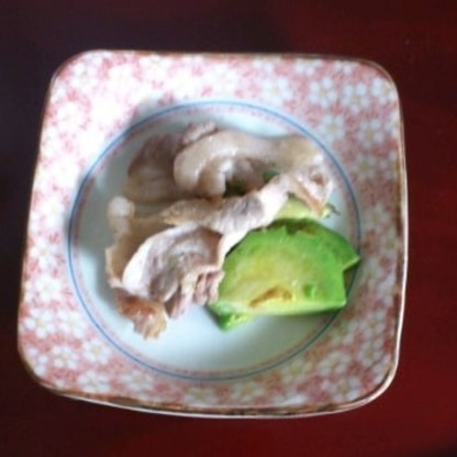 シンプルなのにとっても美味しかったです。 レシピありがとうございました。 ご馳走様でした(*^_^*)