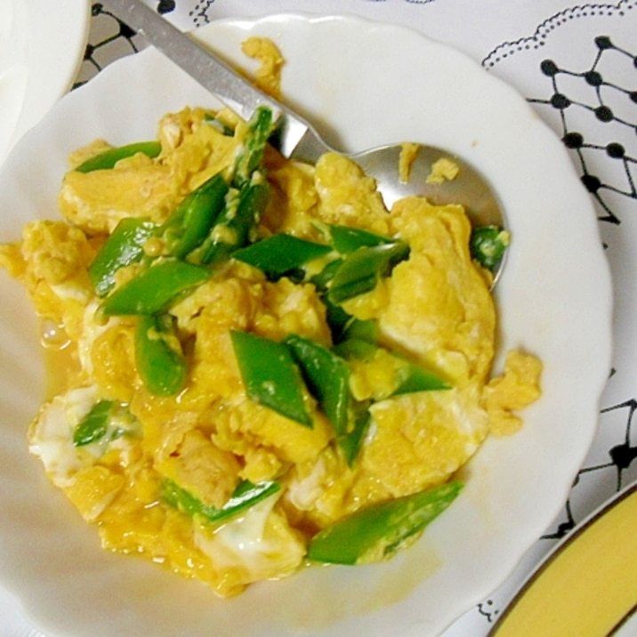 めんつゆで簡単 スナップえんどうの卵とじ