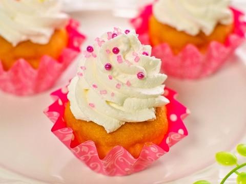 HMで簡単♡冷え冷えレモンカップケーキ♪アイス乗せ