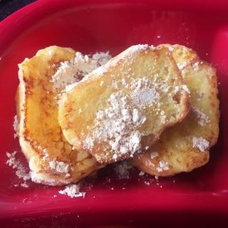 離乳食後期☆超熟ロールパンでフレンチトースト