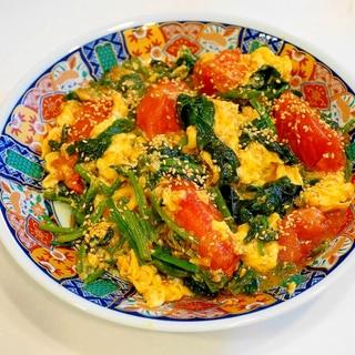 ふわふわ卵が絶品中華!ほうれん草とトマトの卵炒め