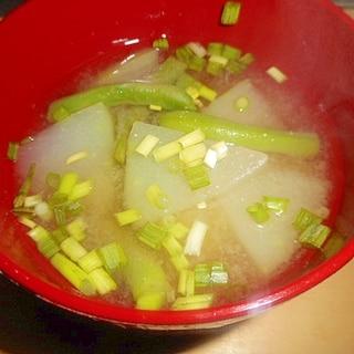 冬瓜といんげんの味噌汁
