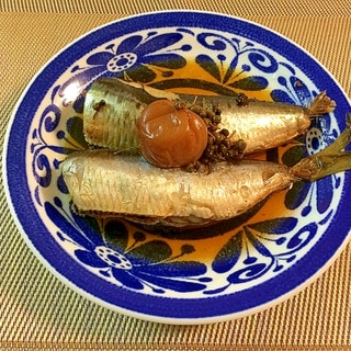 骨まで食べれるイワシの山椒の実入り梅干煮