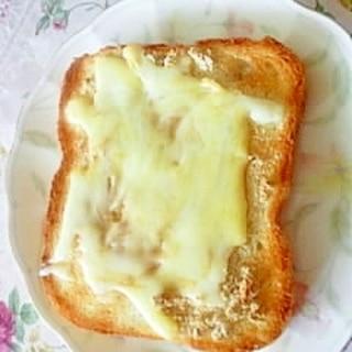 甘じょっぱい♪きなこチーズトースト