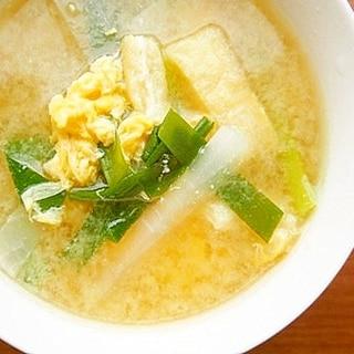 大根・ニラ・卵の味噌汁♪栄養満点!