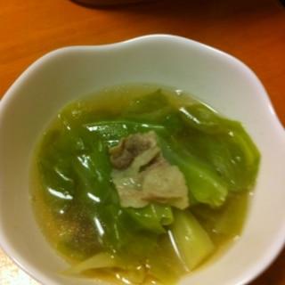 キャベツと豚バラの洋風スープ