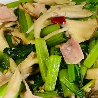 舞茸と小松菜の炒め物