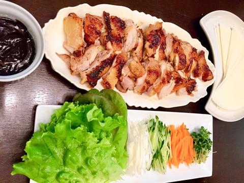 パリパリ鶏肉の巻き巻き★手巻きの皮や野菜と一緒に♪