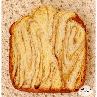 キャラメルマーブル食パン@ホームベーカリー