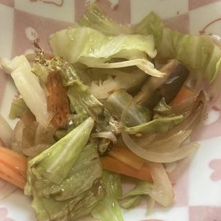 鶏がらスープの素でささっと野菜炒め!