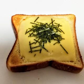 パスタソースで作る!簡単ツナマヨチーズパン