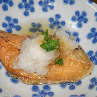 焼き鮭のおろしポン酢がけ