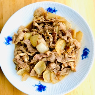 すき焼き風 牛肉と玉ねぎの甘辛煮込み