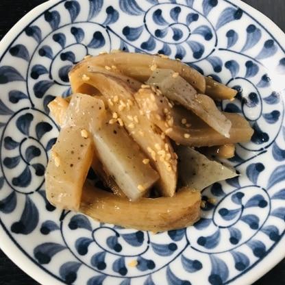 ご飯のおかずやおつまみ、お弁当にも使えて便利な一品ですね。 蓮根とコンニャク、それぞれの食感がよくて美味しかったです。