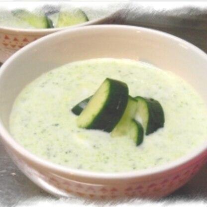火を使わない きゅうりの冷たいスープ