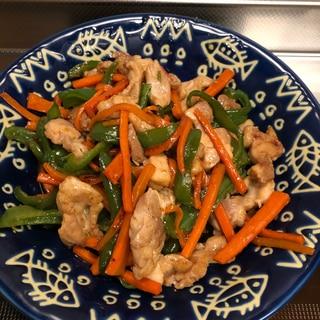 彩り細切り野菜と鶏肉のオイスター生姜炒め^_^