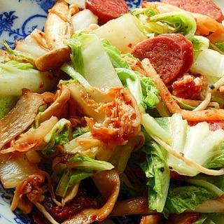 おつまみサラミで❤きのこ&白菜炒め♪(キムチ)