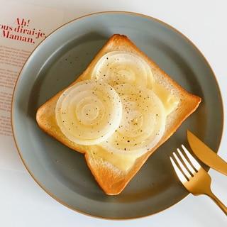 シャキッと甘い♪新玉のっけトースト
