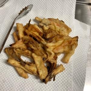野菜の甘み満喫!玉ねぎとさつまいものかき揚げ
