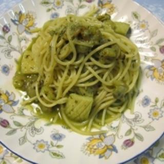 シーフードとバジルのジェノベーゼスパゲティ