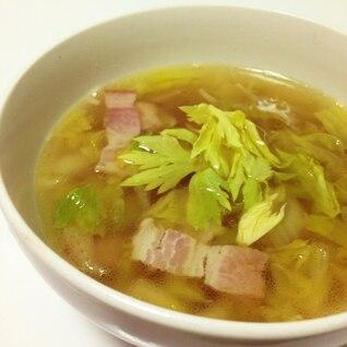 セロリとベーコンのスープ