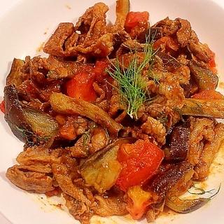 ラム肉と茄子とトマトのカレー粉炒め