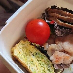 お弁当に☆千切りキャベツ入り卵焼き