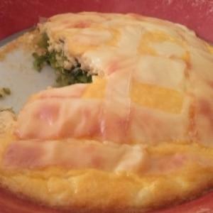 混ぜて焼くだけ、簡単でヘルシーな豆腐入りキッシュ