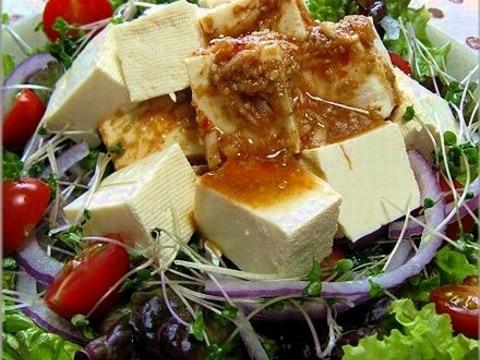 ごま胡麻パワーの豆腐サラダ