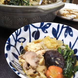 野菜たっぷり、比内地鶏鍋
