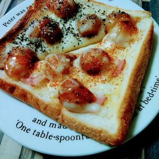 ベーコンとみたらしトースト2種(黒ごま&七味)